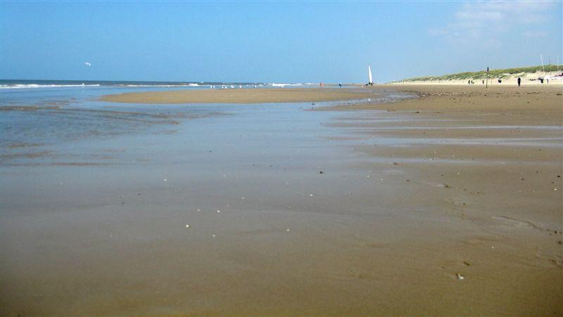 weiter Strand.JPG